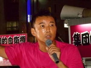 「新党ひとりひとり」の山本太郎=参議院議員